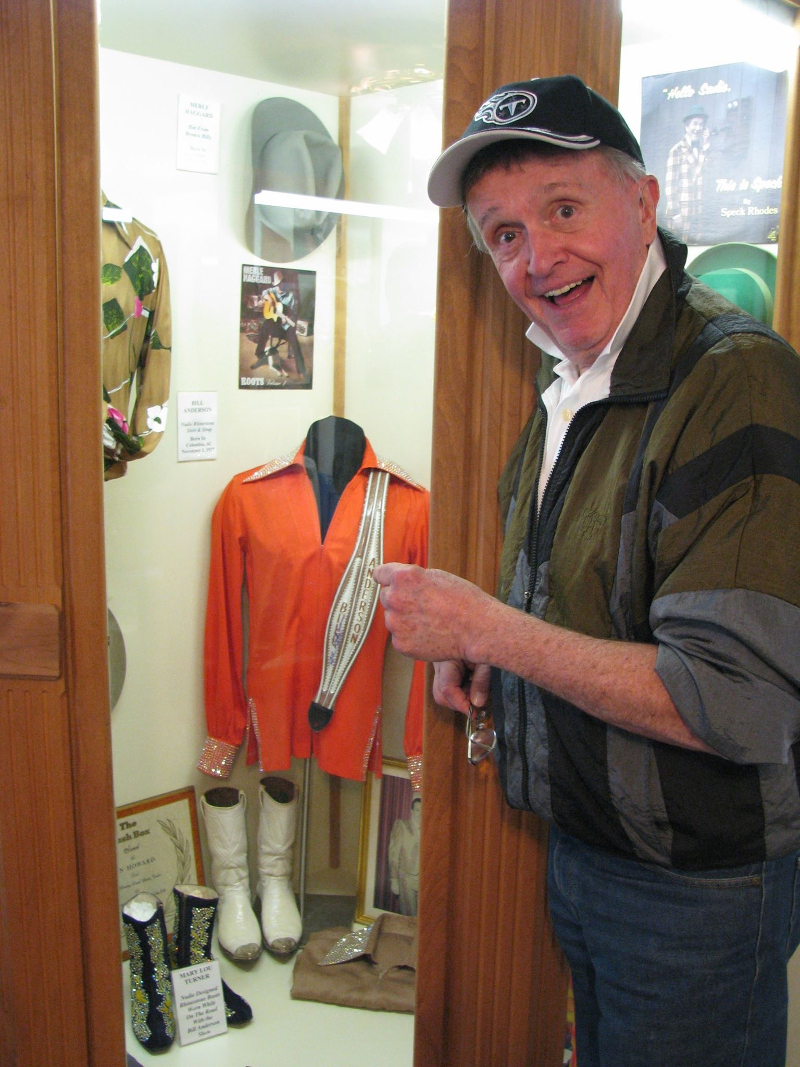 county music hall of famer bill anderson visting his museum display